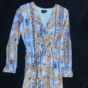 Bebe long sleeve mid length dress
